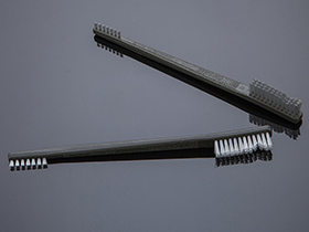 Device brush double head